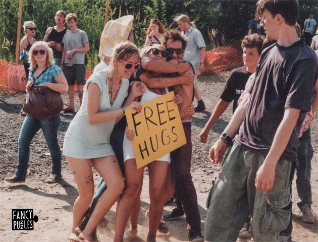 Fancy Puzzle - Free Hugs!