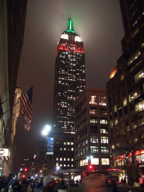 Das Empire State Building bei Nacht im 3D Format